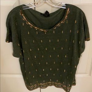 White House Black Market olive tee with gold metal